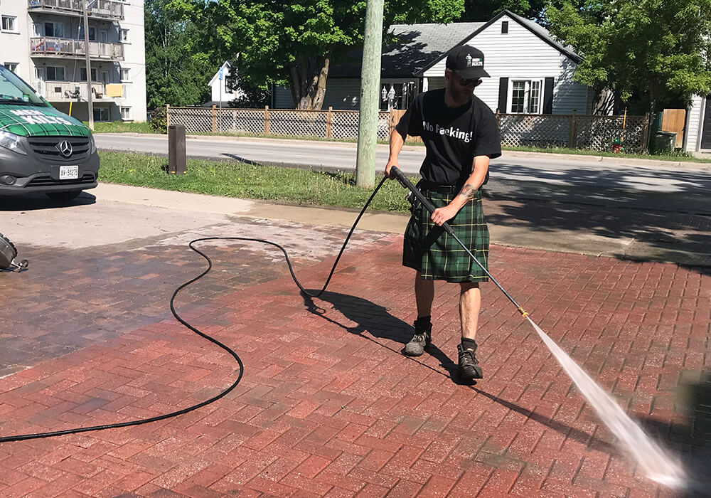 Commercial Pressure Washingg